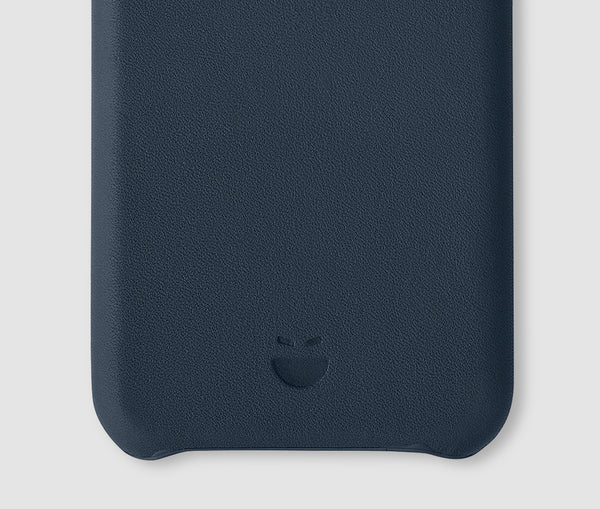 iPhone 7 Leather Mobile Case - navy blue - m-use