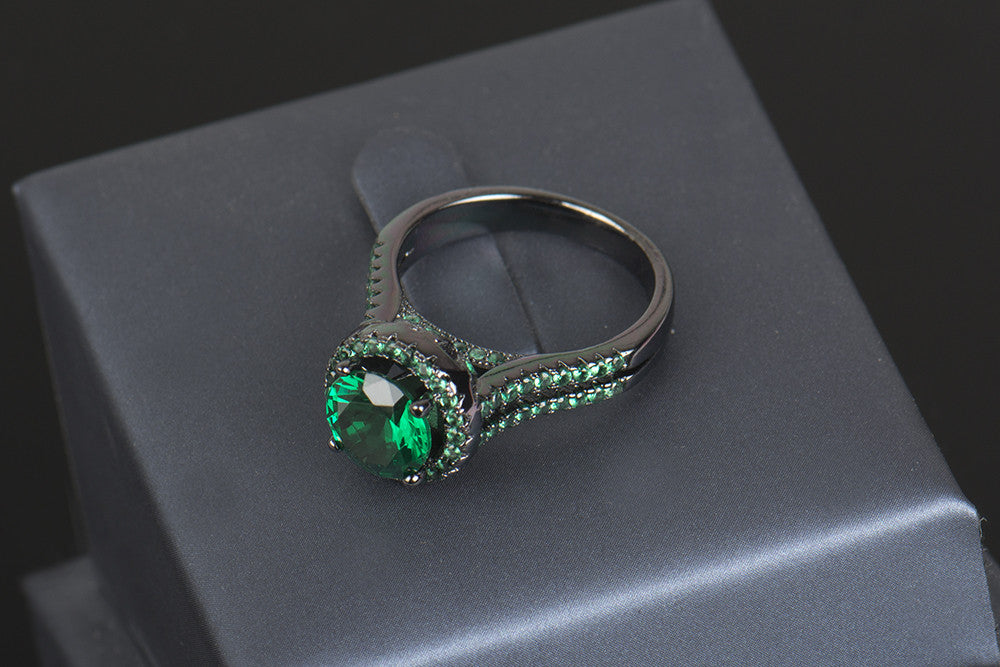 Exquisite 14KT Black Gold Filled Ring With Green 5A Zircon Crystal Stone