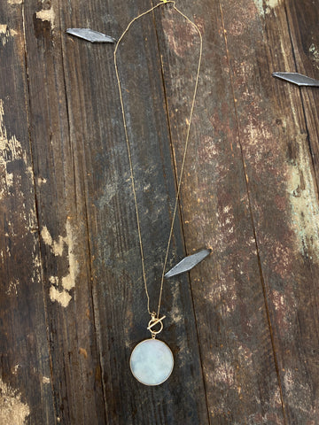 Dainty Gold necklace with pink stone