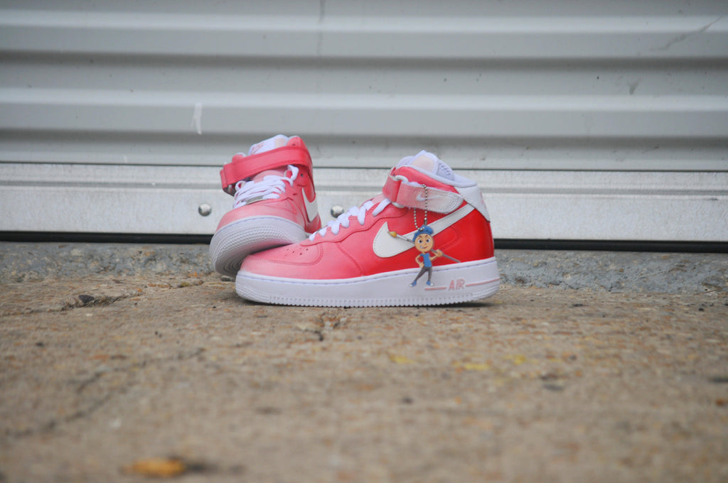 "Nike Air Force 1 Mid (GS) ""Fade to.."" Size 6Y"