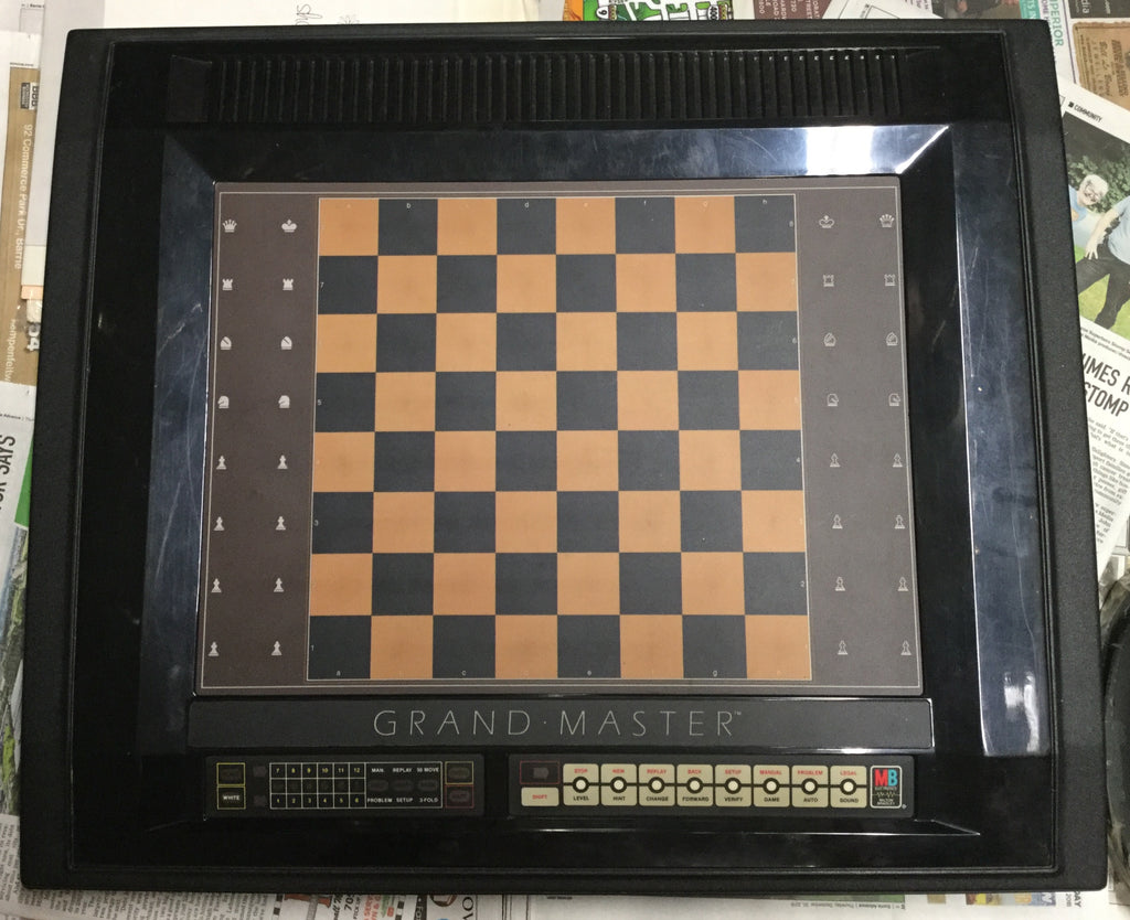 Grand Master Electronic Chess Set