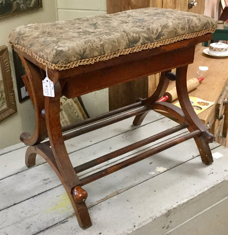 1910 Sewing Stand