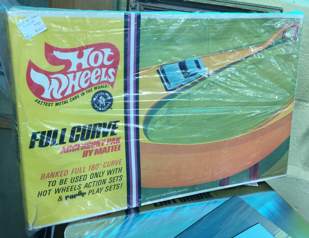 Hot Wheels Curve Track