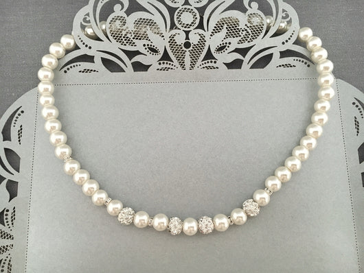 Romantic Pearl Bridal Necklace