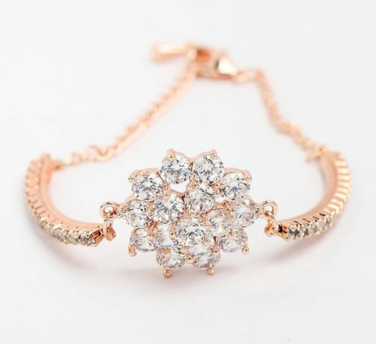 Vintage inspired Bridal Bracelet in Rose Gold