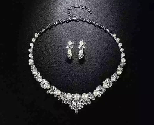 Elegant Bridal Necklace and Earring Set