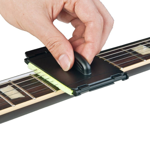 Guitar String Cleaner - Clean Strings in No Time (No Oil Needed)