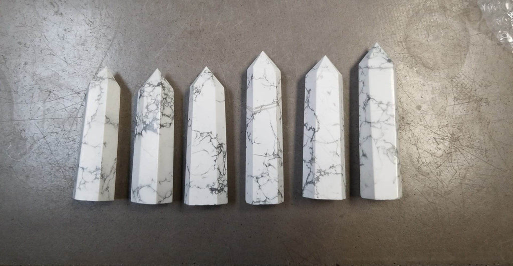 Howlite Points