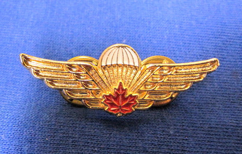 Mess Dress Wings Metal