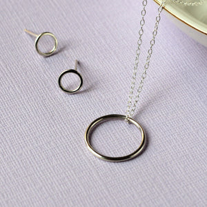 Circle Gift Set - Circle Necklace and O Studs - Silver