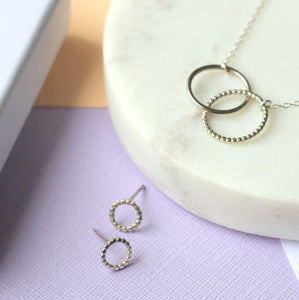Dotted Silver Gift Set - Mini Linked Circle Necklace and Dotted Studs