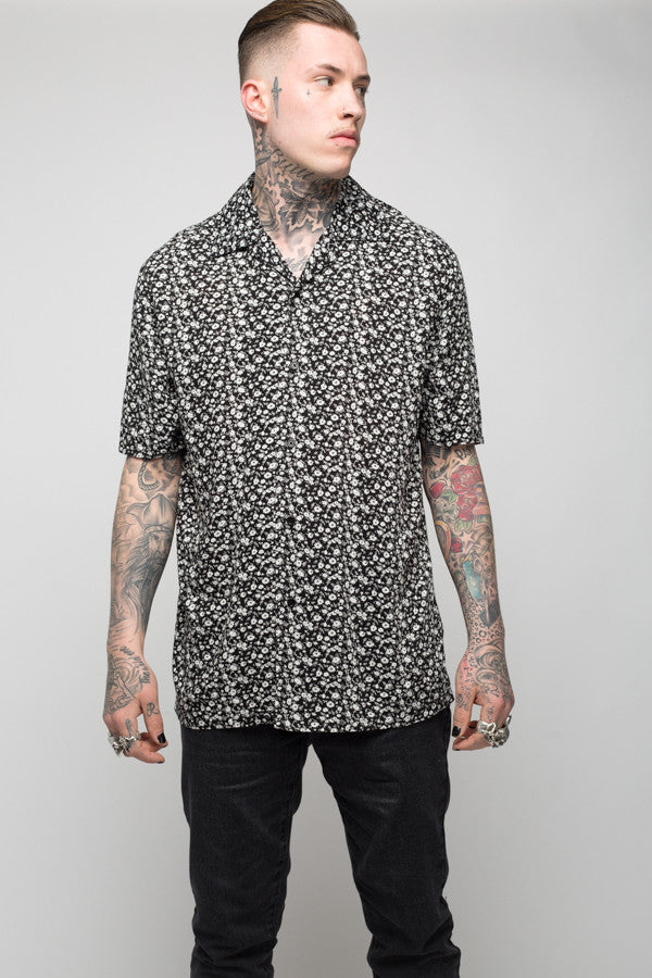 Roadies of 66 - Mobster Floral printed revere collar shirt