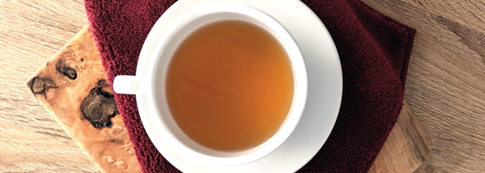 5 Relaxing Teas to Drink in the Evening