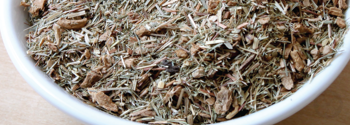 Ginger and lemongrass combine in this herbal blend to make an invigorating brew.