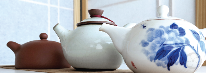 clays used for ceramic teapots have widely varied properties based on their provenance.