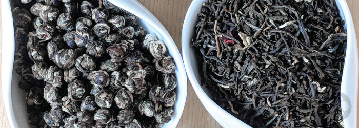 Both of these jasmine teas have been scented with fresh flowers, but the dry flowers are removed.
