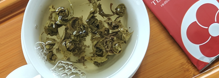 High quality jasmine teas are scented with jasmine blossoms that are later removed.