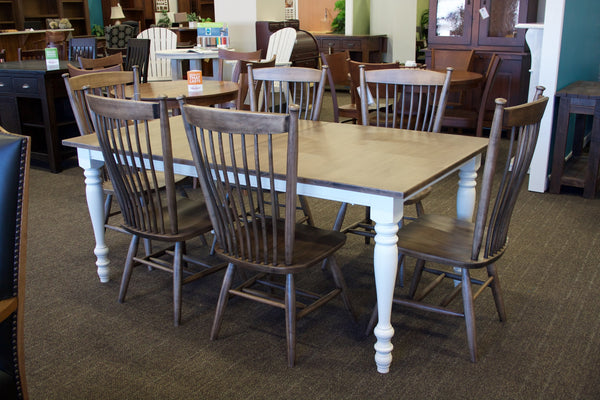 Display Model Farmington Dining Set