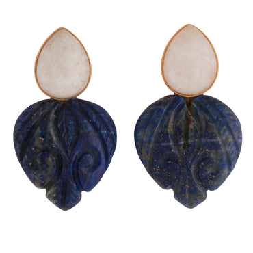 Carved heart earrings in moonstone and lapis
