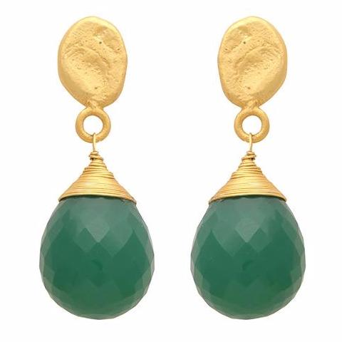 Textured gold nugget and green onyx drop earrings