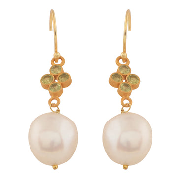Elegant orb earrings with peridot and natural pearl
