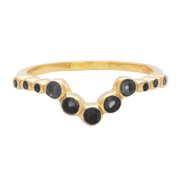 Black onyx V shaped ring