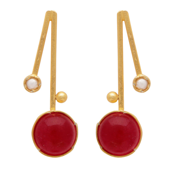 Red quartz and pearl short drop earrings
