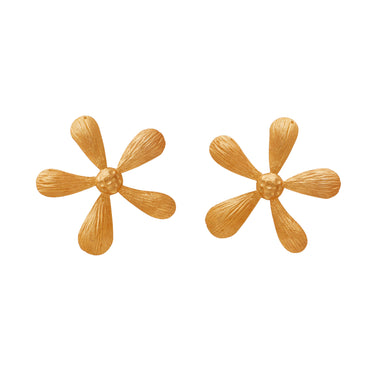 Small gold daisy earrings