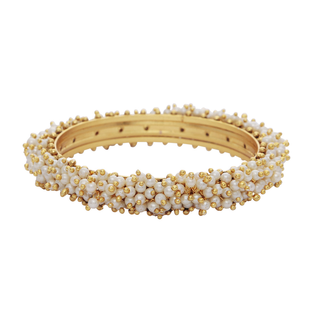 Pearl cluster bangle