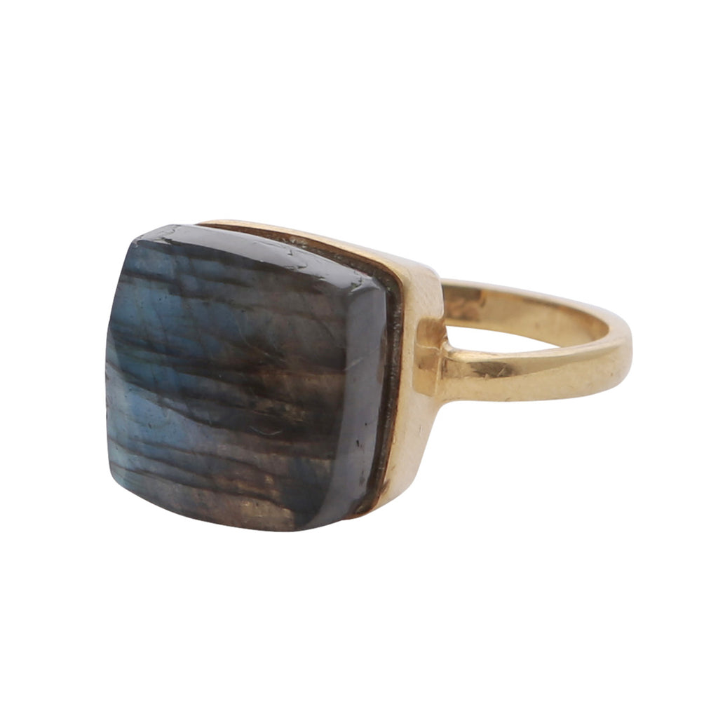 Elegant raised labradorite gemstone ring