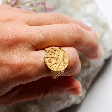 Gold good luck coin ring