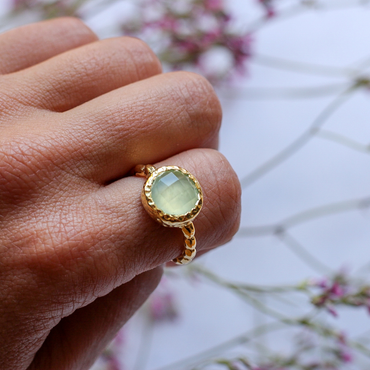 Chalcedony gold textured ring