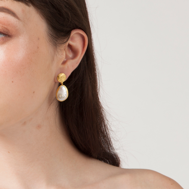 Pearl and hammered gold nugget earrings