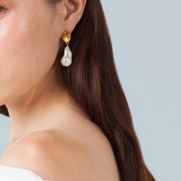 Gold nugget and pearl earrings