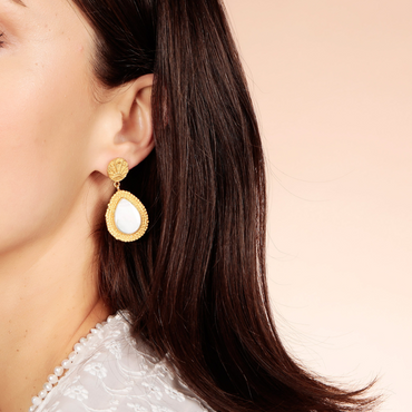 Golden lucky coin and mother of pearl earrings