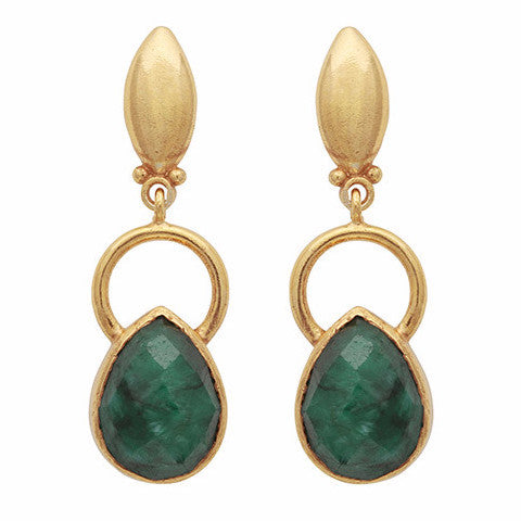Gold ring and teardrop dyed emerald earrings