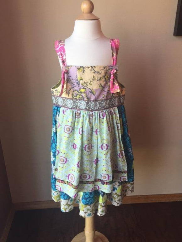Pre-Loved Girls Custom Boutique Apron Knot Dress (Like Matilda Jane) Size 8