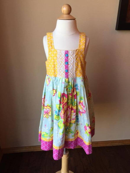 Pre-Loved Girls Custom Made Girls Dress (Like Matilda Jane) Size 6