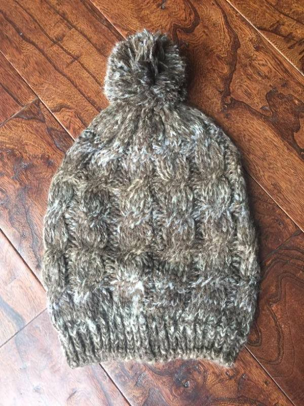 Cable Knit Multitone Slouch Pom Beanies (Adult/One Size) *CLEARANCE*