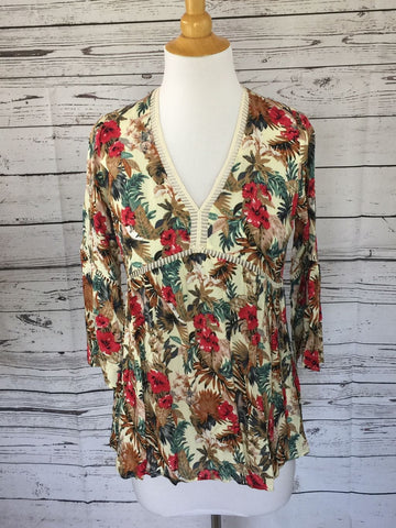 SAMPLE SALE! New Women's Boutique Tropical Print Blouse, size M