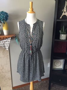 Pre-Loved Women's Like New Gap Floral Dress with Pockets, Size S