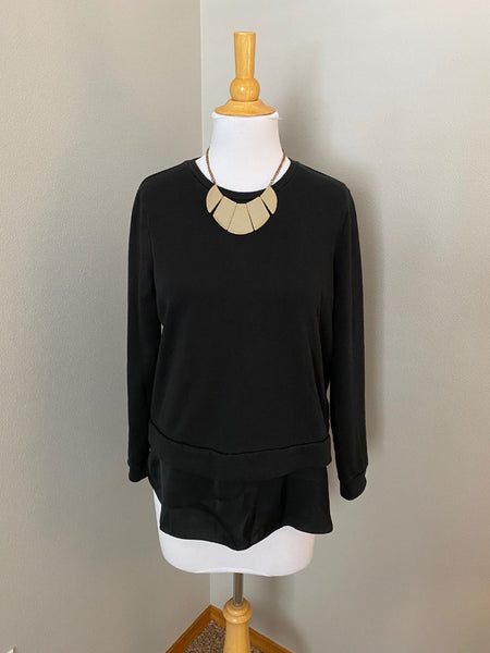 Pre-Loved Mossimo sweatshirt with dressy trim, M