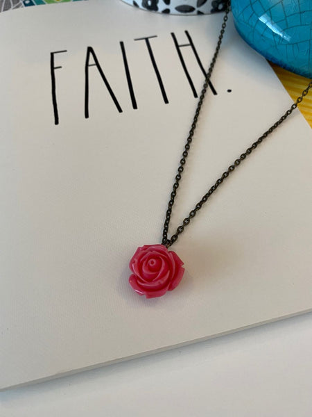 Pre-Loved Dark coral/pink floral dainty necklace