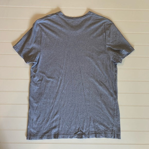 Pre-Loved Men's Old Navy Graphic Tee, size XL