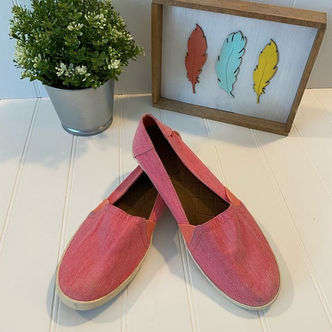 Pre-Loved Women's Shoes: Reef canvas shoes, size 9