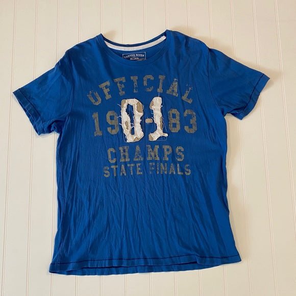 Pre-Loved Canyon River Blues Distressed Tee size XL