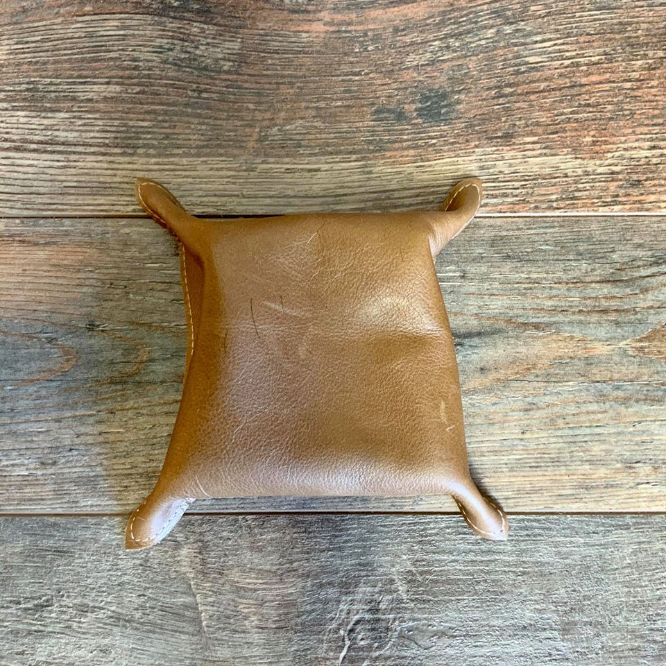 Cowhide Snap Tray - #20826