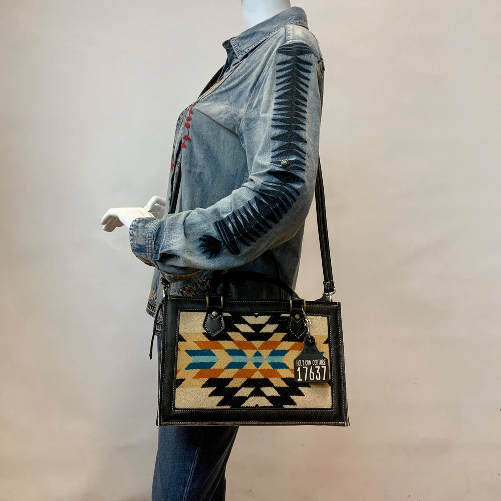 Small Town Hybrid Tote Pendleton® Specialty Collection - #17637