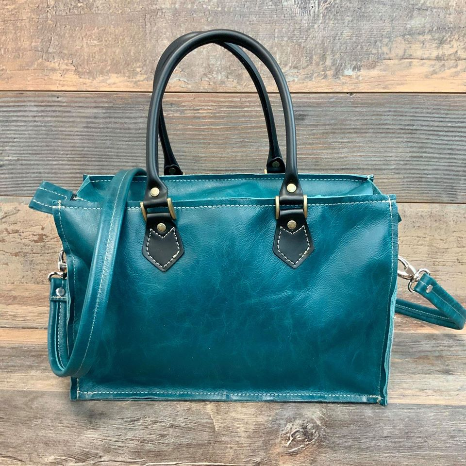 Small Town Hybrid Tote - #17601
