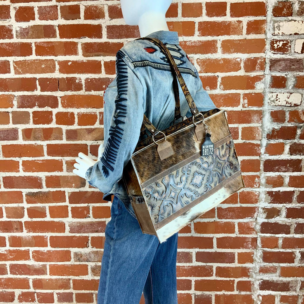 Get Outta Town Tote - #18172